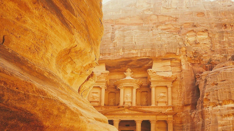Trip to Jordan tours and trip to Petra