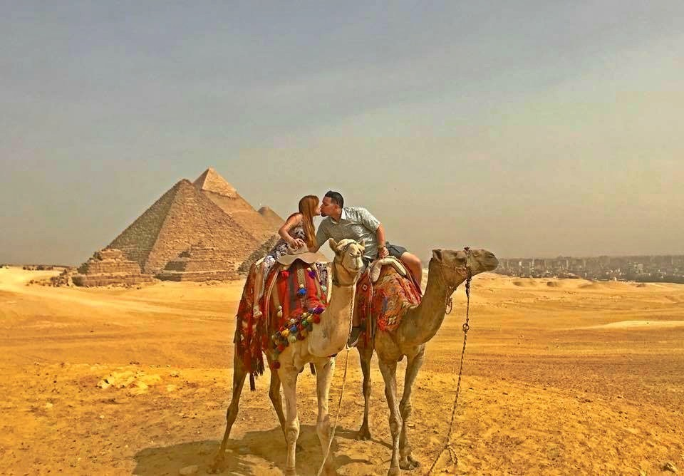 Visit the Pyramids Of Giza with Camel Ride