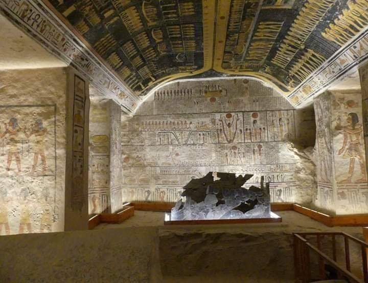 Essential Egypt Tours- Nile Discovery